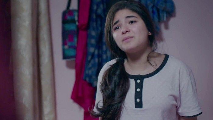 Zaira Wasim act as a Insiya Malik in Secret Superstar movie.