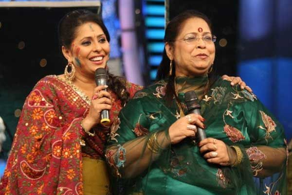 Geeta-Kapoor-with-her-mother