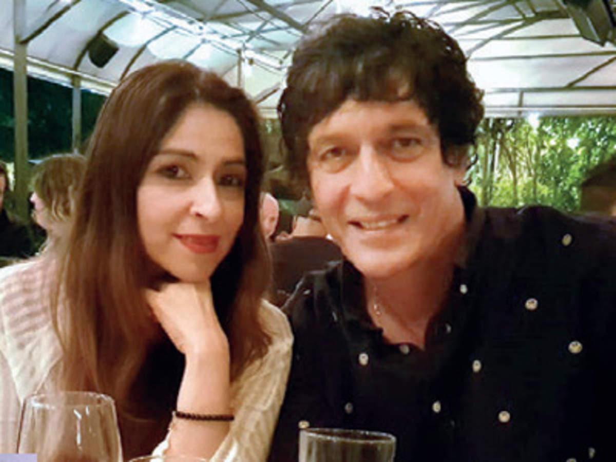 chinki pandey's wife Bhavana Pandey