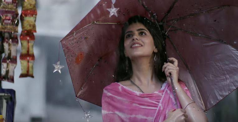 Sanjana Sanghi hindi medium image