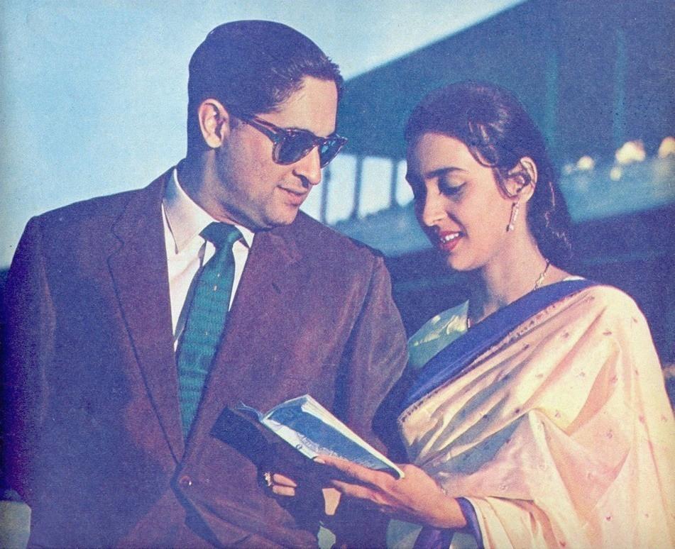 Father :-Rajnish Bahl (Naval Lieutenant Commander) Mother :-Nutan (Actress)