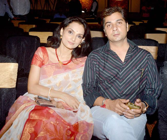 Wife :-Rajeshwari Sachdev (Actress and Singer)