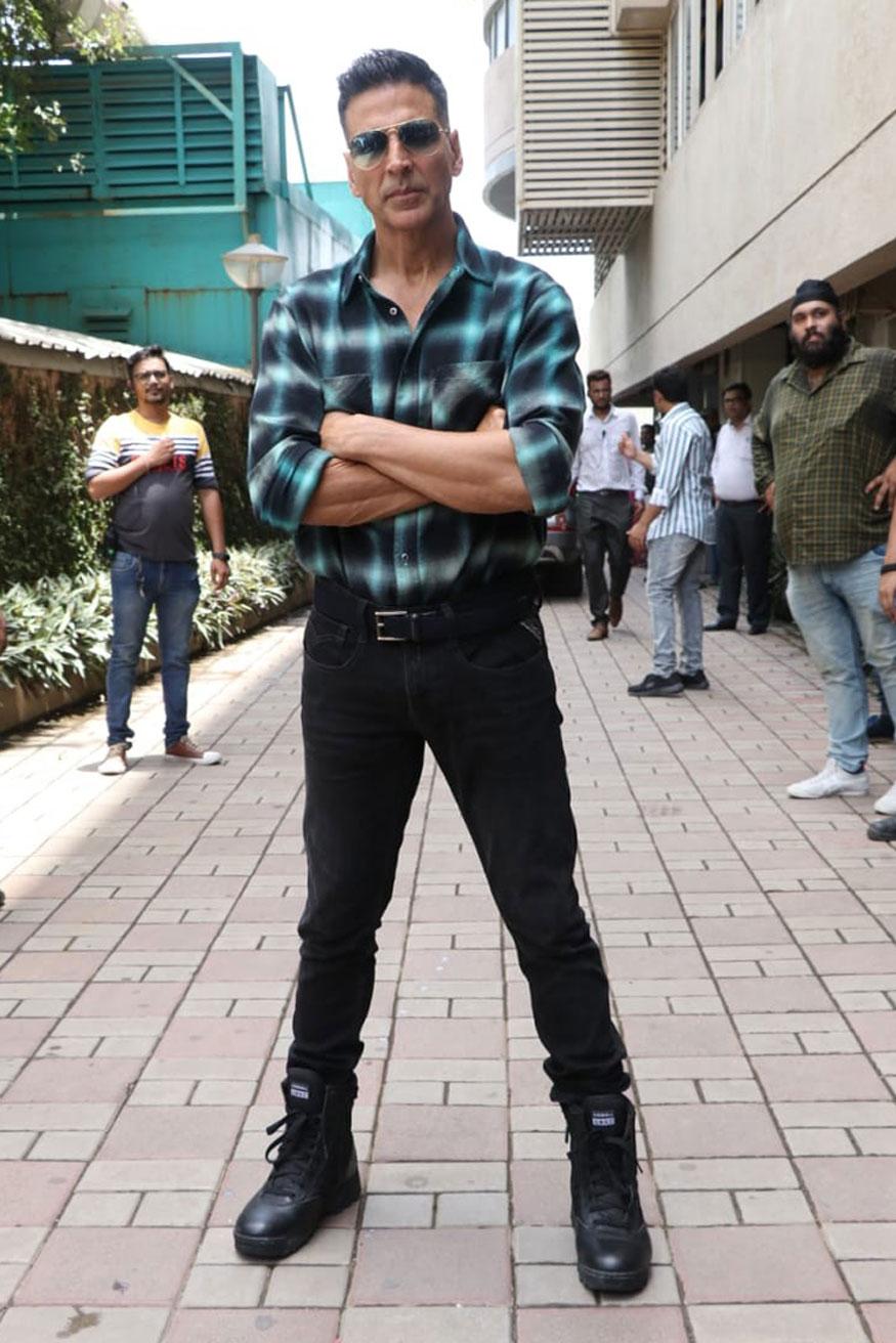 Akshay-Kumar Body Measurements, Height, & Weight: