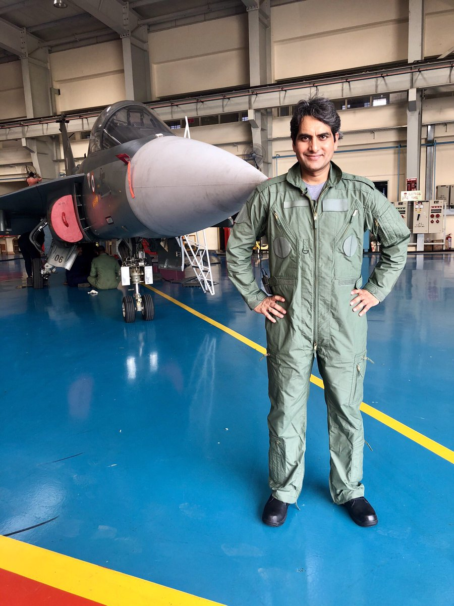 Sudhir Chaudhary Body Measurements, Height, & Weight: