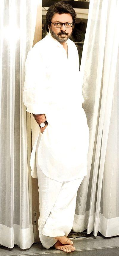Sanjay Leela Body Measurements, Height, & Weight: