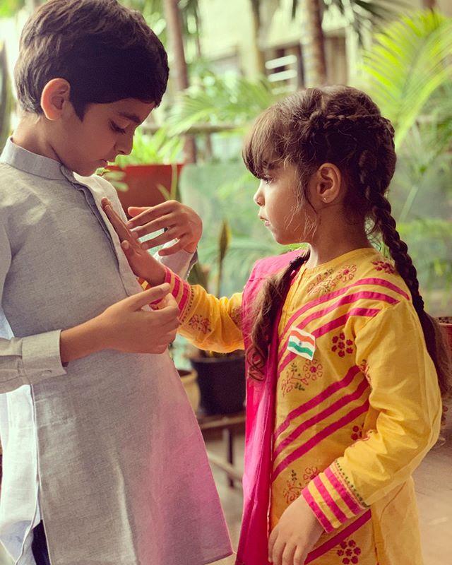 Daughter (s) :- Varushka Khurrana Son (s) :- Virajveer Khurrana
