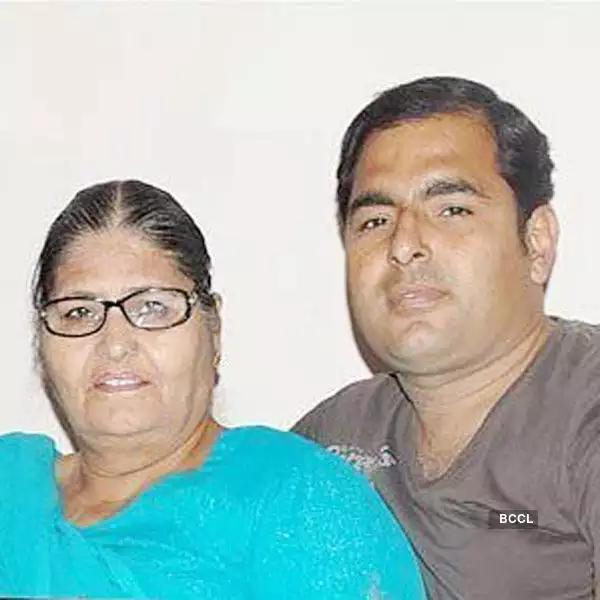Kapil Sharma's Brother (s) :- Ashok Kumar Sharma ( police constable)