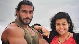 Sangram Chougule Wife :- Snehal Sangram Chougule (Fashion Designer)