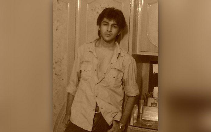 Kartik Aryaan old image