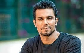 Randeep Hooda image in tshirt