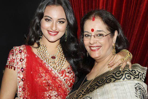 Sonakshi Sinha Mother :-Poonam Sinha( Former actress , fashion model & politician)