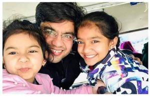sonu sharma Daughter (s) :-2 Daughters