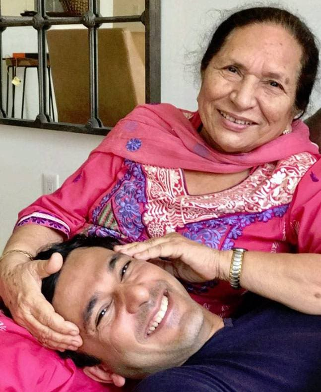 Vikas-Khanna Mother :-Bindu Khanna