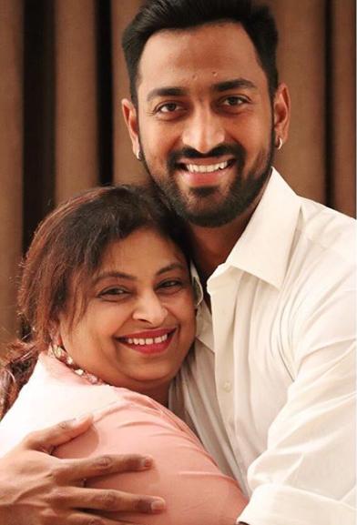 Krunal Pandy Mother :-Nalini Pandya