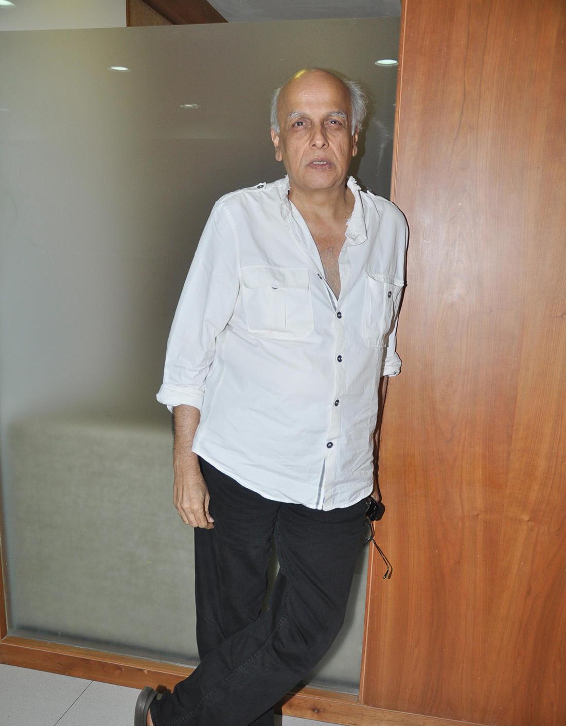Mahesh Bhatt Body Measurements, Height, & Weight: