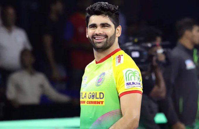 Pardeep Narwal smiling image