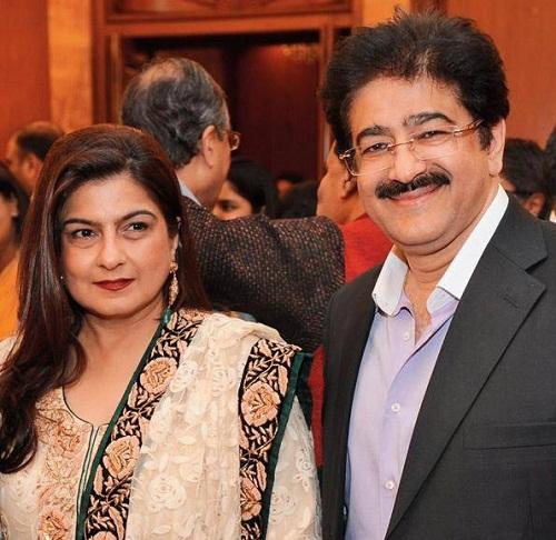 Sanjay Kapoor Sister (s) :-Reena Kapoor