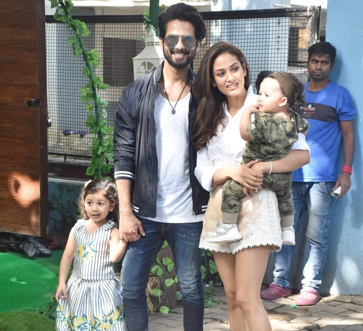 Shahid Kapoor Family: