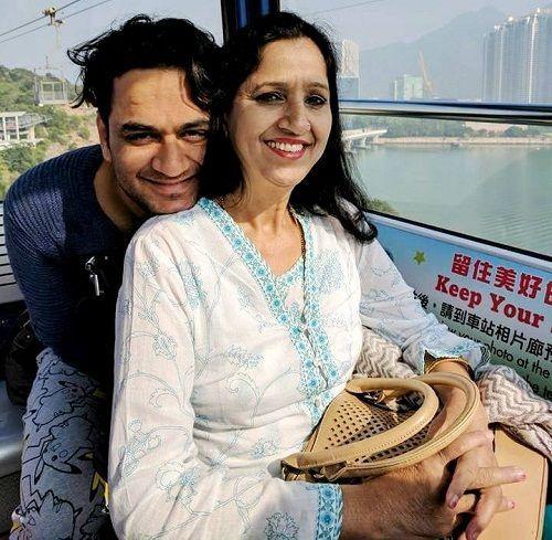 Vikas Gupta Mother :-Sharda gupta (Yoga Teacher)