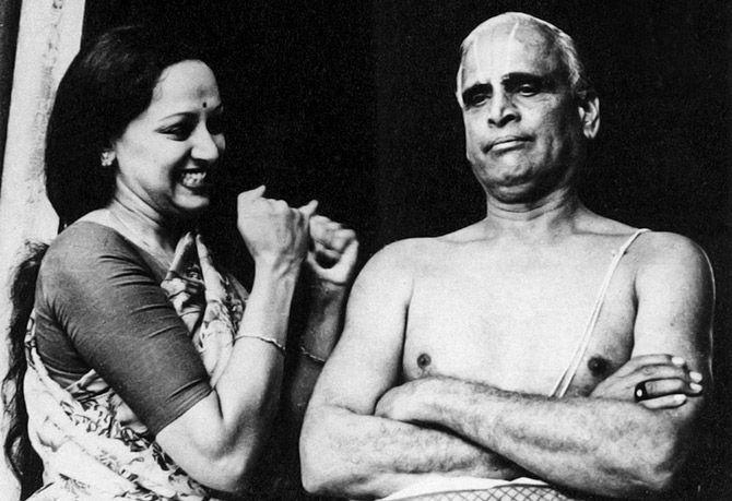 hema malini and V.S. R.Chakravarthy