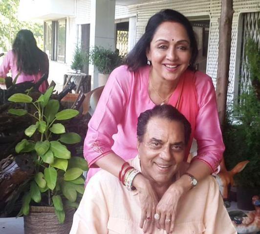 hema malini and Dharmendra (Actor)