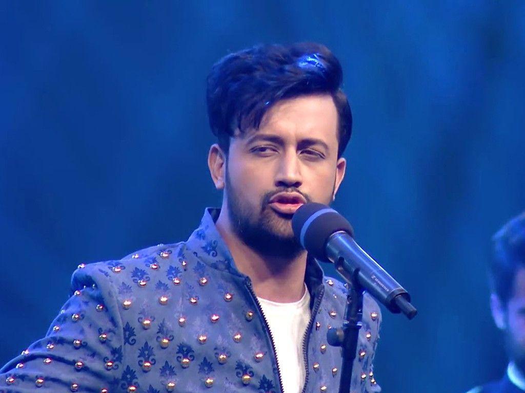 Atif-Aslam while singing