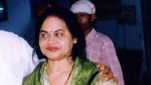 Ajay Devgan's Mother :-Veena Devgan (Film Producer )