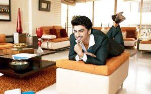 Arjun Kapoor's House/Living: