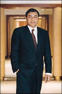Lakshmi Mittal's Body Measurements, Height, & Weight: