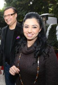 Rajat Sharma and his Ritu Dhawan (m. 1997)