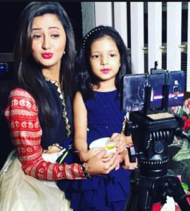 Rashmi-Desai-Daughter-Manya-Sandhu