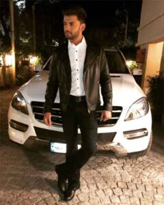 Zaheer-Iqbal-With-his Car
