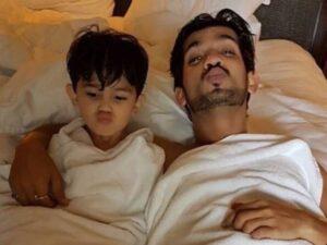 Arjun Bijlani and his son