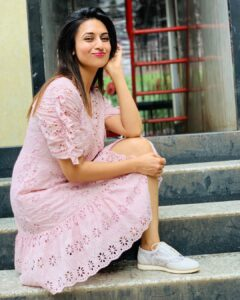 Know more about Divyanka Tripathi: