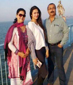 Divyanka Tripathi's Father :-Narendra Tripathi Mother :-Neelam Tripathi