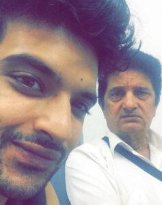 Karan Kundra's Father