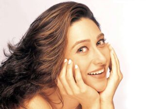 Karisma Kapoor Smiling face
