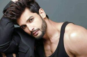 Know more about Rohit Khandelwal: