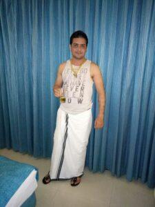 hindustani-bhau Height